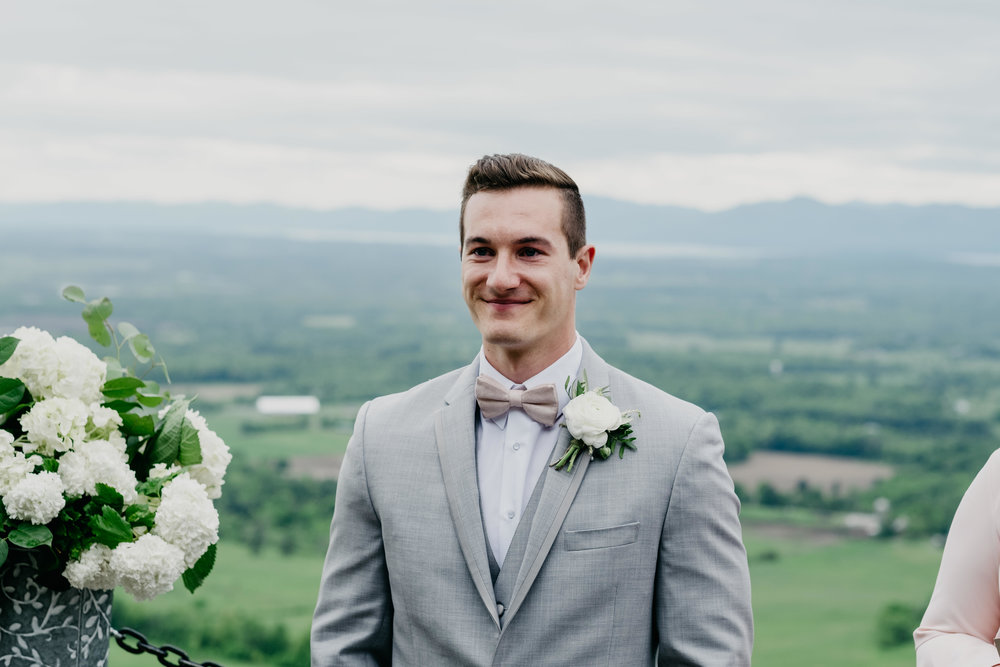 06032017-nick-evan-vermont-mountain-wedding-photographer-43.jpg
