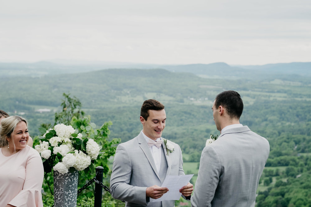06032017-nick-evan-vermont-mountain-wedding-photographer-54.jpg