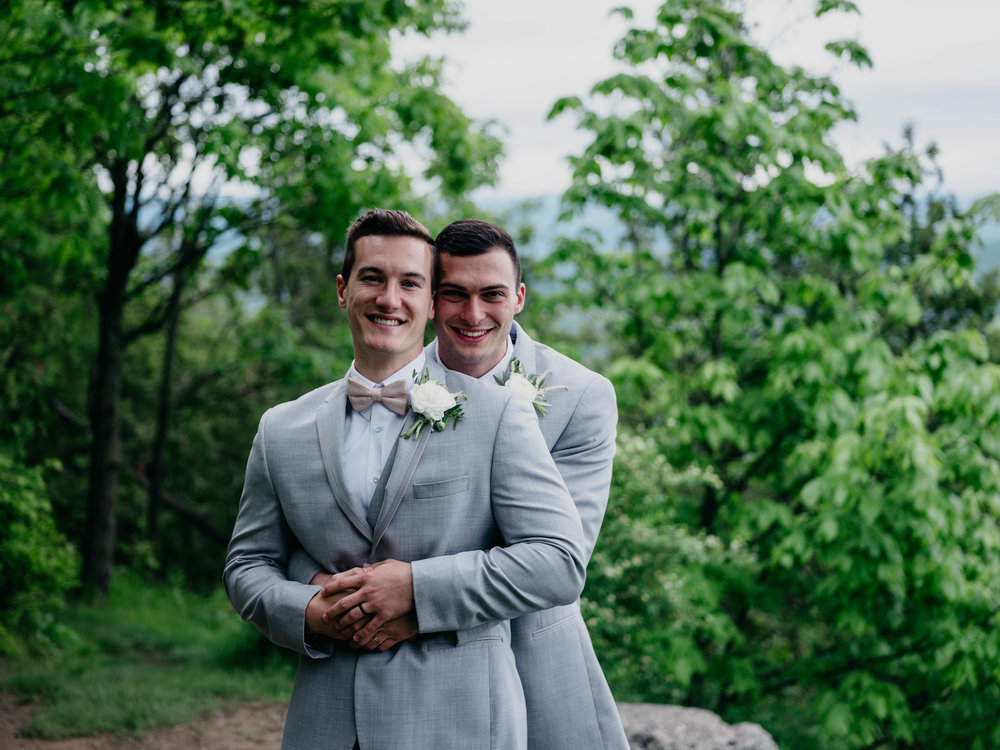 06032017-nick-evan-vermont-mountain-wedding-photographer-71.jpg