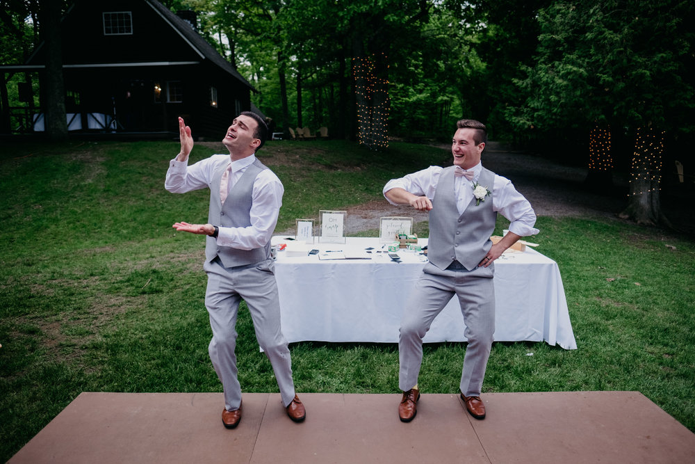 06032017-nick-evan-vermont-mountain-wedding-photographer-140.jpg