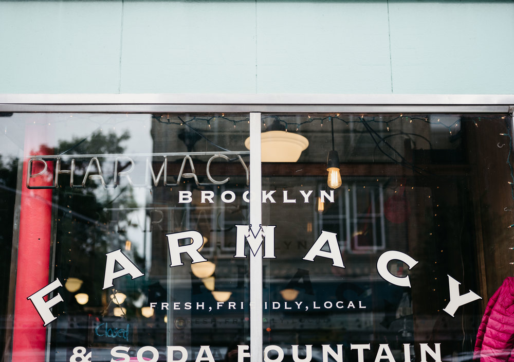WSPCo-06082017-Francisca-Franklin-Farmacy-Boerum-Hill-Brooklyn-Bridge-Engagement-Photography-1.jpg