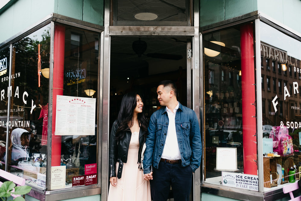 WSPCo-06082017-Francisca-Franklin-Farmacy-Boerum-Hill-Brooklyn-Bridge-Engagement-Photography-12.jpg