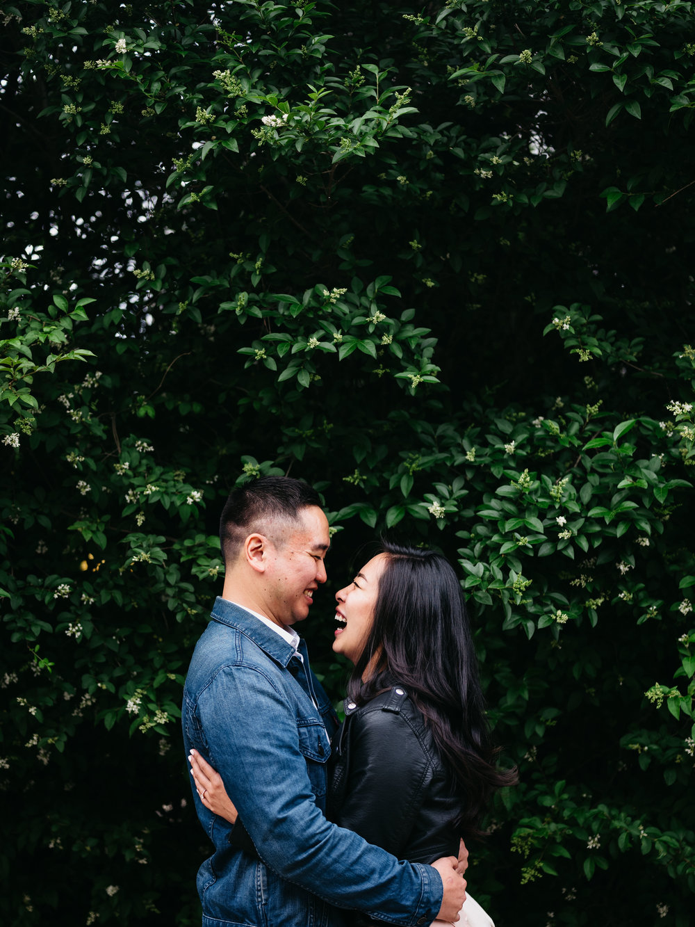 WSPCo-06082017-Francisca-Franklin-Farmacy-Boerum-Hill-Brooklyn-Bridge-Engagement-Photography-21.jpg
