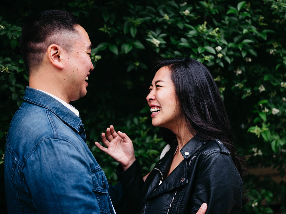 WSPCo-06082017-Francisca-Franklin-Farmacy-Boerum-Hill-Brooklyn-Bridge-Engagement-Photography-23.jpg