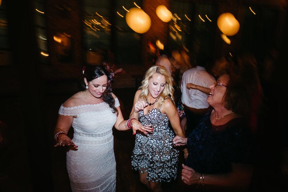 WSPCo-06172017-Ally-Vikrum-Metropolitan-Building-Wedding-139.jpg