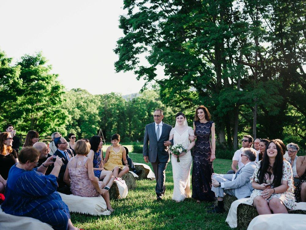 WSPCo-06242017-Hallie-Sam-Connecticut-Family-Farm-Wedding-Photography-98.jpg