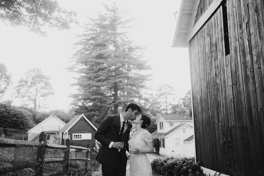 WSPCo-06242017-Hallie-Sam-Connecticut-Family-Farm-Wedding-Photography-125.jpg