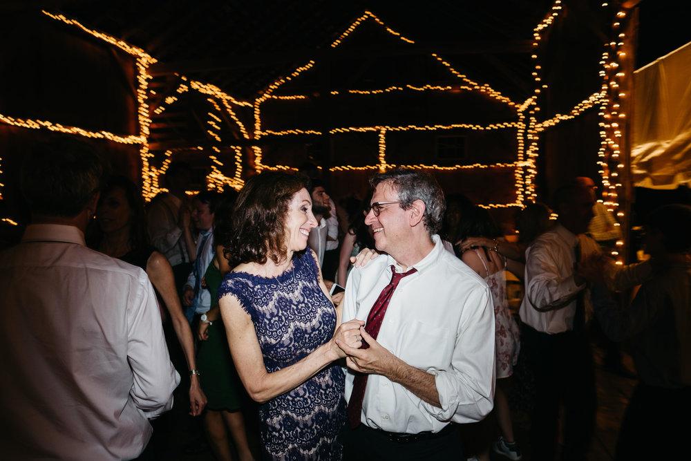 WSPCo-06242017-Hallie-Sam-Connecticut-Family-Farm-Wedding-Photography-174.jpg