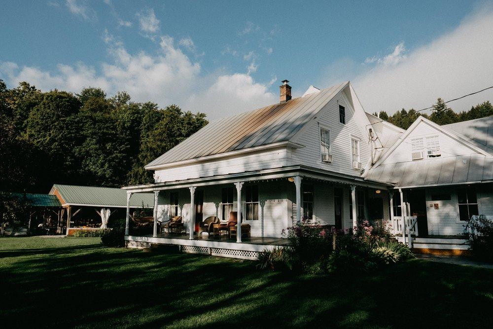 Wiilde-Scout-Photo-Co-Lauren-Steve-Bliss-Ridge-Wedding-Moretown-Vermont-1.jpg