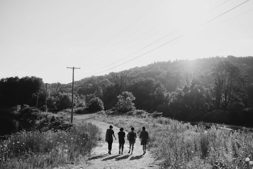Wiilde-Scout-Photo-Co-Lauren-Steve-Bliss-Ridge-Wedding-Moretown-Vermont-8.jpg