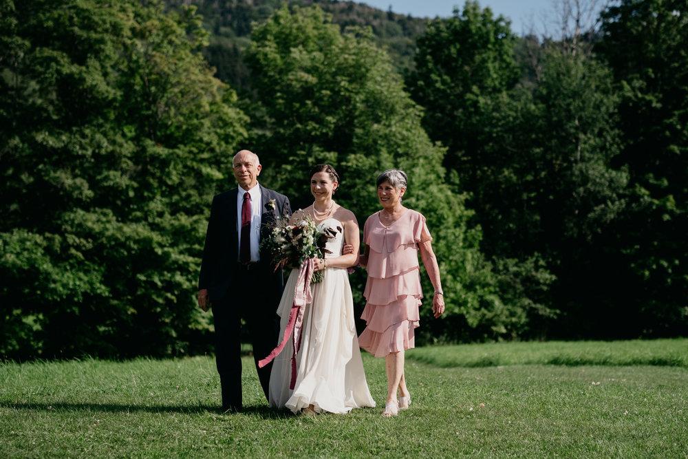 Wiilde-Scout-Photo-Co-Lauren-Steve-Bliss-Ridge-Wedding-Moretown-Vermont-125.jpg