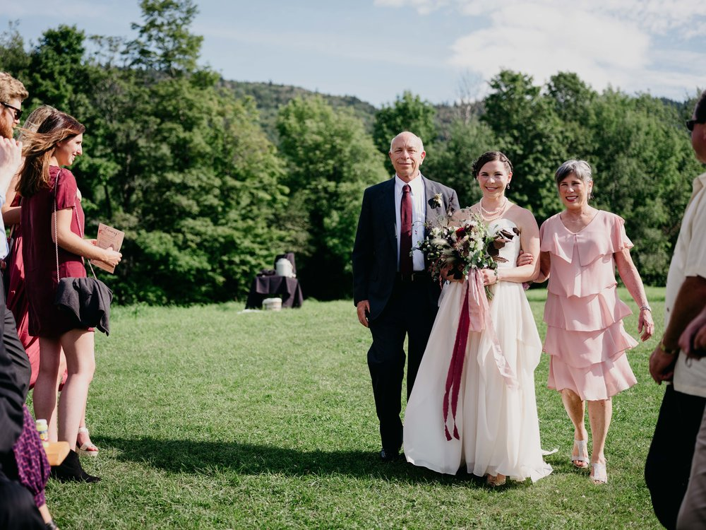 Wiilde-Scout-Photo-Co-Lauren-Steve-Bliss-Ridge-Wedding-Moretown-Vermont-127.jpg