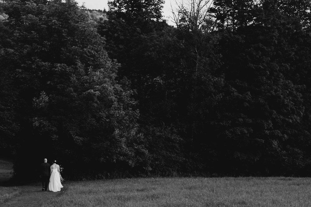Wiilde-Scout-Photo-Co-Lauren-Steve-Bliss-Ridge-Wedding-Moretown-Vermont-151.jpg