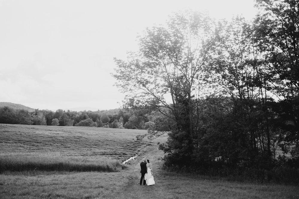 Wiilde-Scout-Photo-Co-Lauren-Steve-Bliss-Ridge-Wedding-Moretown-Vermont-162.jpg