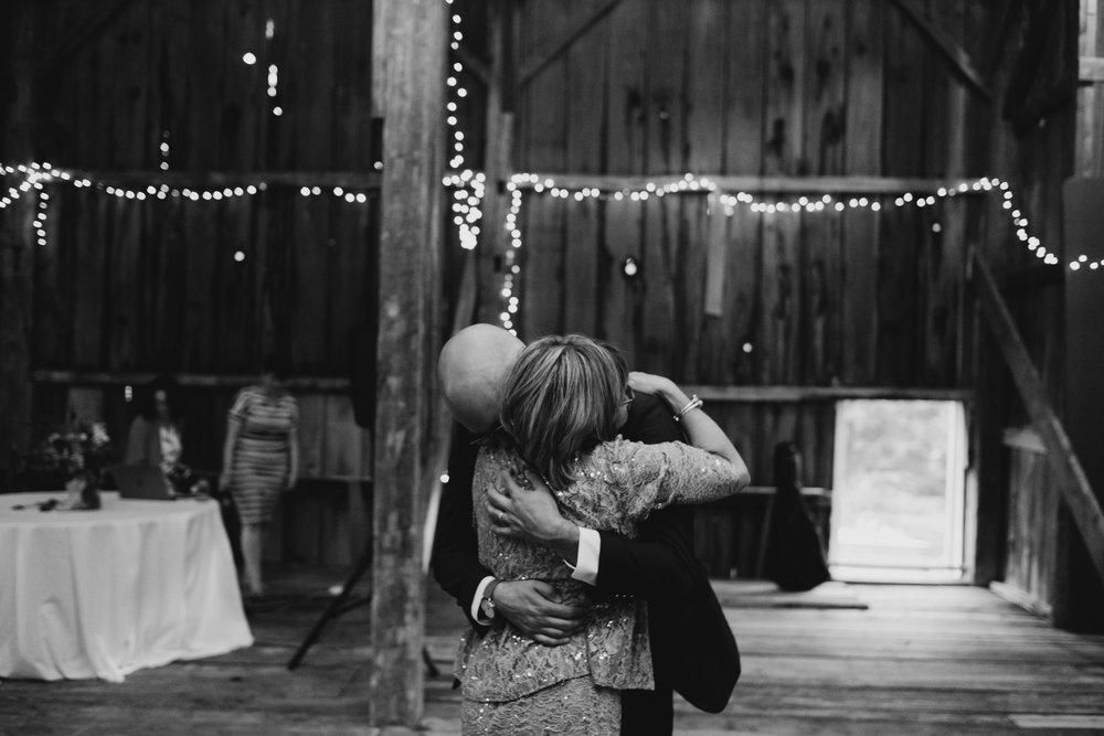 Wiilde-Scout-Photo-Co-Lauren-Steve-Bliss-Ridge-Wedding-Moretown-Vermont-222.jpg