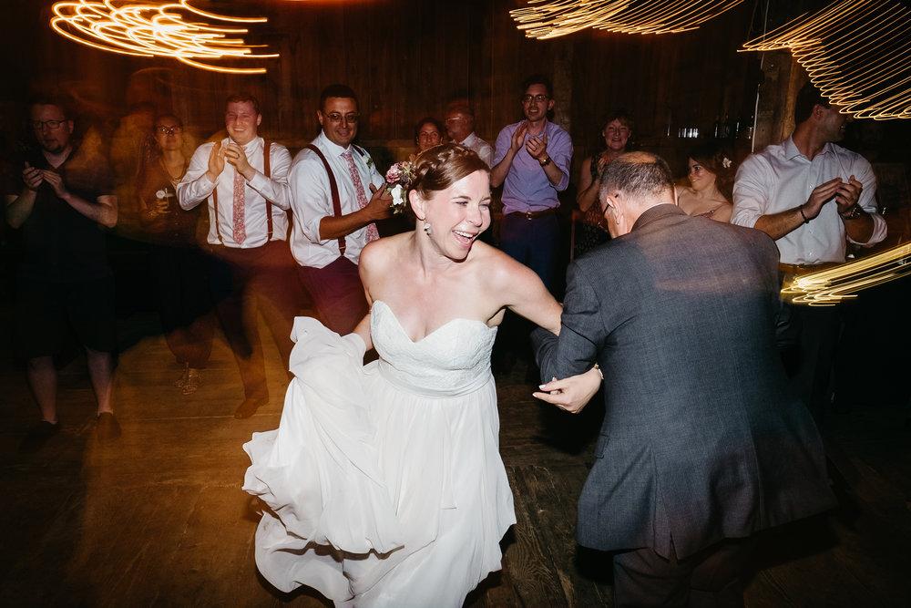 Wiilde-Scout-Photo-Co-Lauren-Steve-Bliss-Ridge-Wedding-Moretown-Vermont-292.jpg