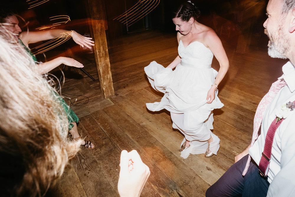 Wiilde-Scout-Photo-Co-Lauren-Steve-Bliss-Ridge-Wedding-Moretown-Vermont-298.jpg