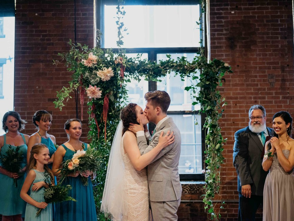 WSPCo-09102017-Alex-Kiley-Dumbo-Loft-Brooklyn-NY-Wedding-Preview-109.jpg