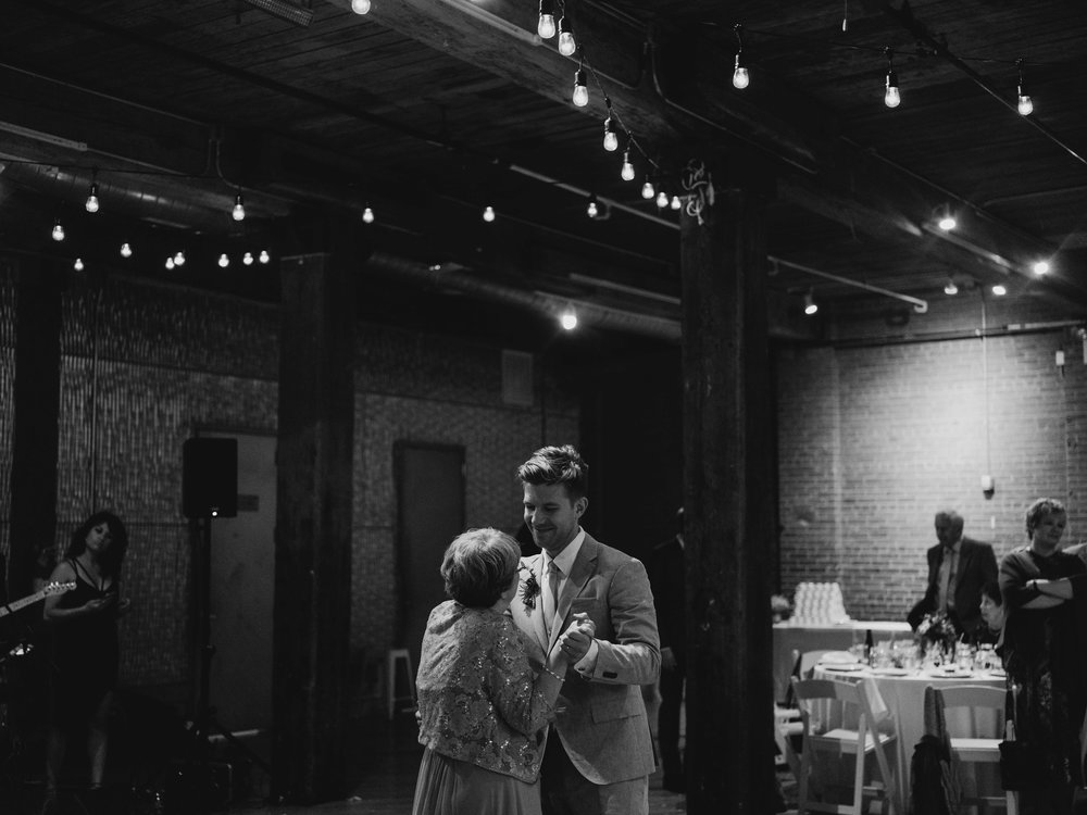 WSPCo-09102017-Alex-Kiley-Dumbo-Loft-Brooklyn-NY-Wedding-Preview-139.jpg