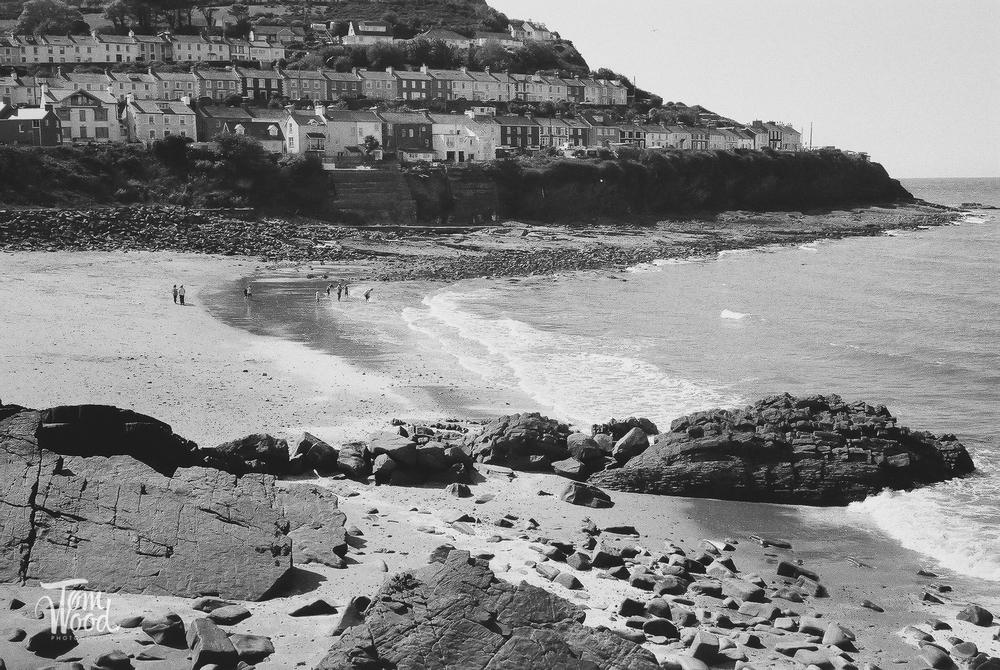 Leica CL with Ilford Delta HP5 400asa film