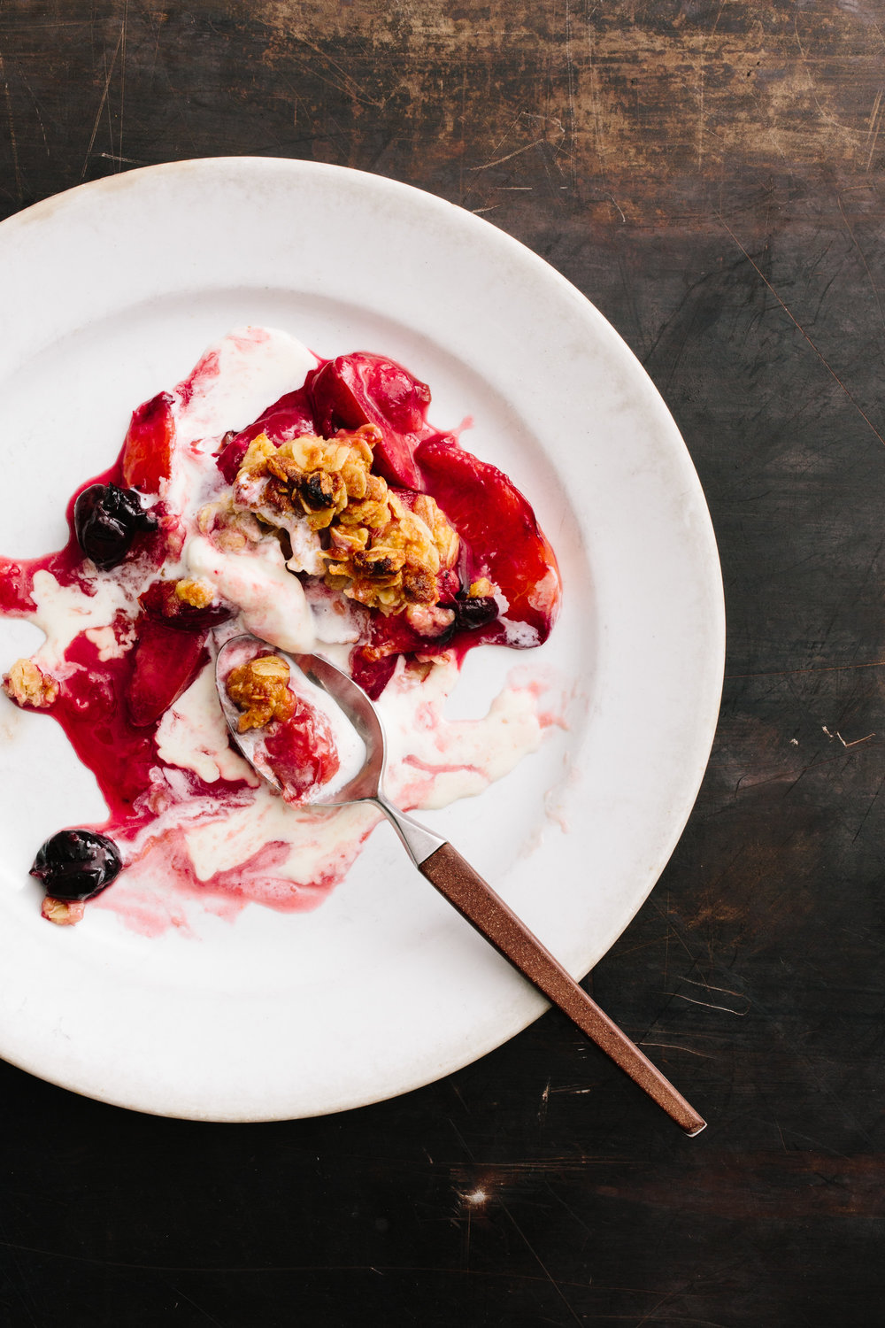 berry-crumble-the-kitchn-christine-han-photography.jpg