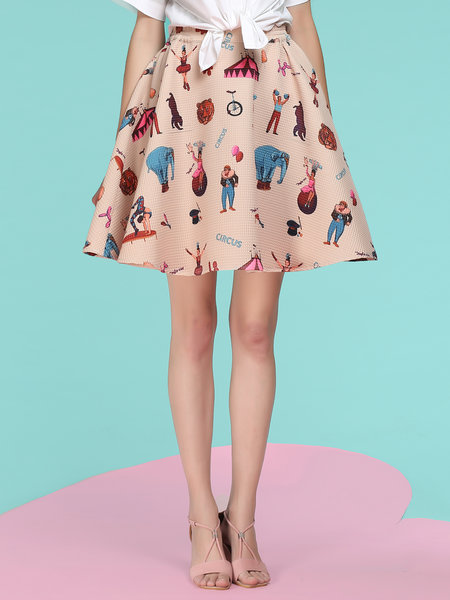 Graphic Printed Midi Skirt