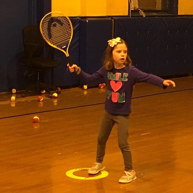Smiles and fun #liontennis #afterschool #tenniskids #brooklynkids #nyckids #tenniscamp #tennis🎾 #1stgrade #girlsrule #kidssports #parkslope #brooklynheights #carrollgardens #cobblehill #fidi #netgeneration #futurestars