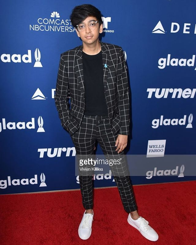 My last post celebrated the young activists honored by @glaad yesterday. This one is to celebrate my outfit. Thank you in advance for all the kind words.
