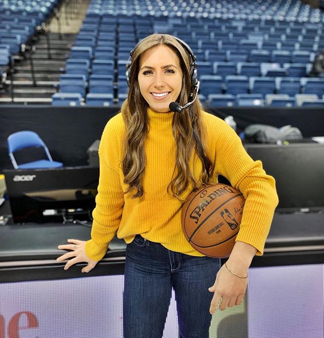 Casual attire for today's @stocktonkings game, might call the entire game just holding this basketball.  Get your pre Super Bowl Fix, watch some @nbagleague on Facebook LIVE! Tip-off at 1PM.
