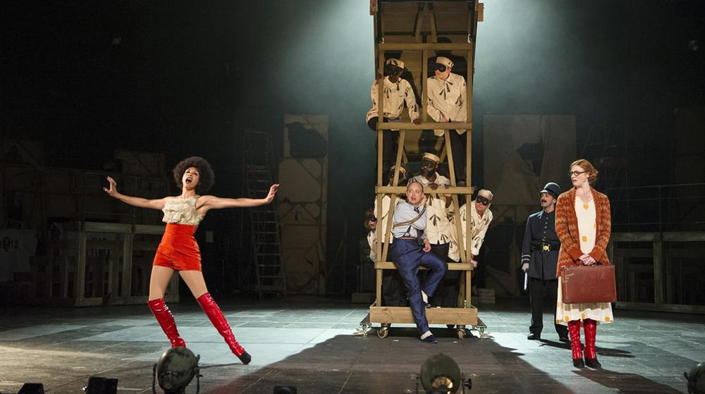 nt_threepennyopera_london_thisisldn.jpg