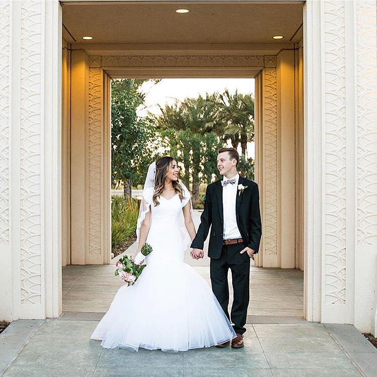 Shanice strolls through time in her beautiful modest wedding dress