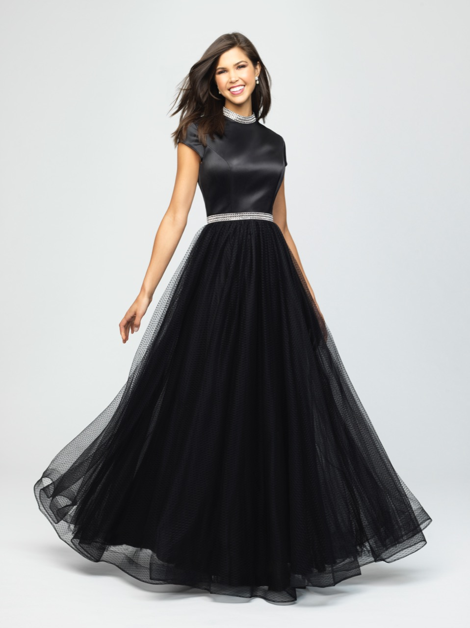 Allure 19-255M Black Modest Prom