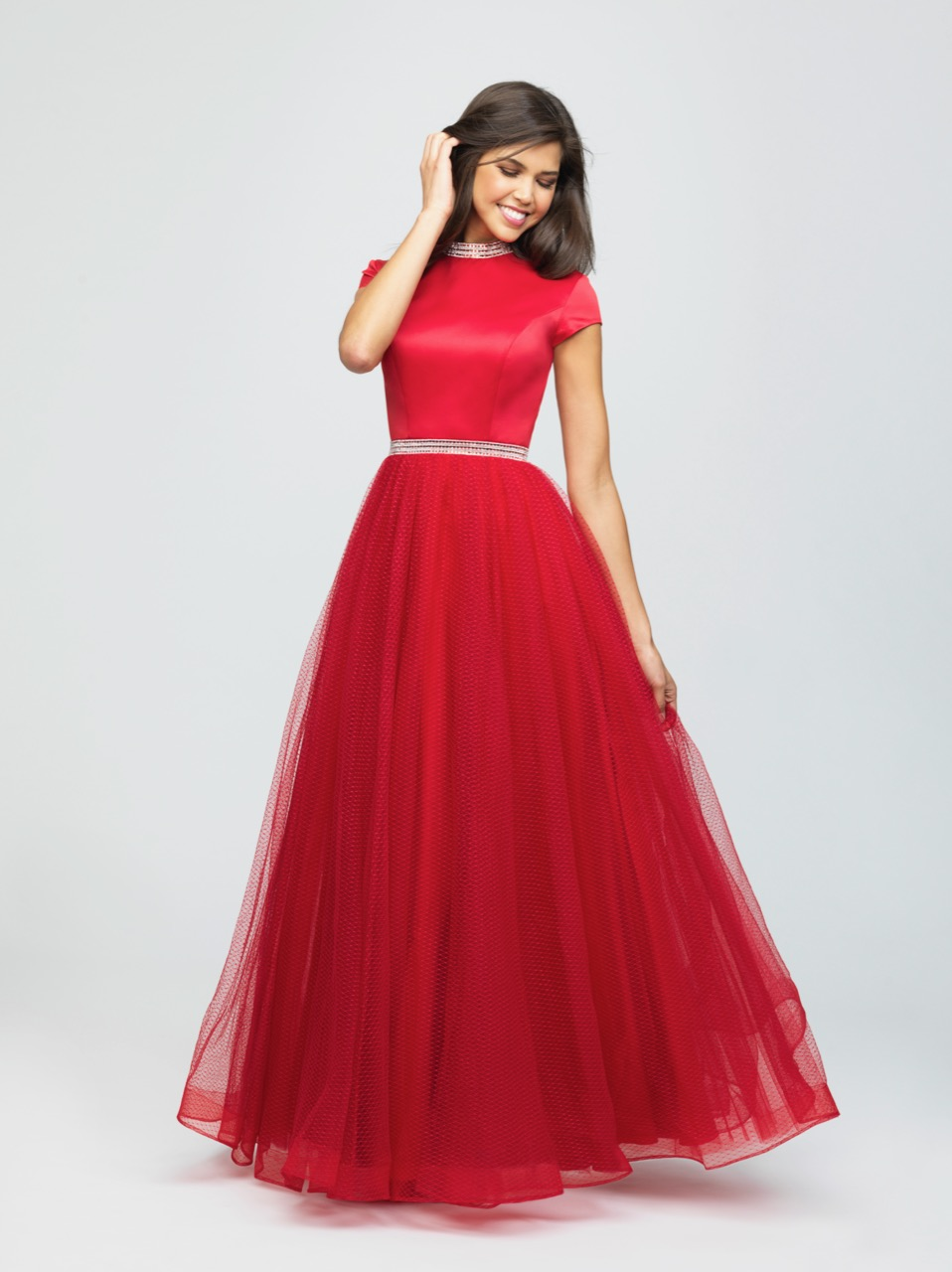 Allure 19-255M Red Modest Prom