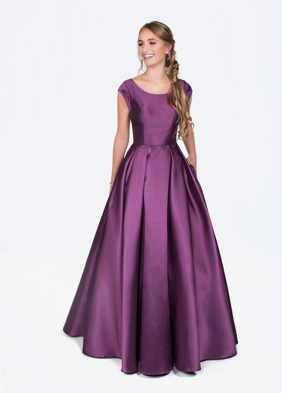 Colette CLM19924 Plum Modest Prom