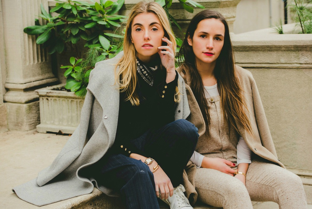 NYC Sister Fashion Bloggers on Stairs