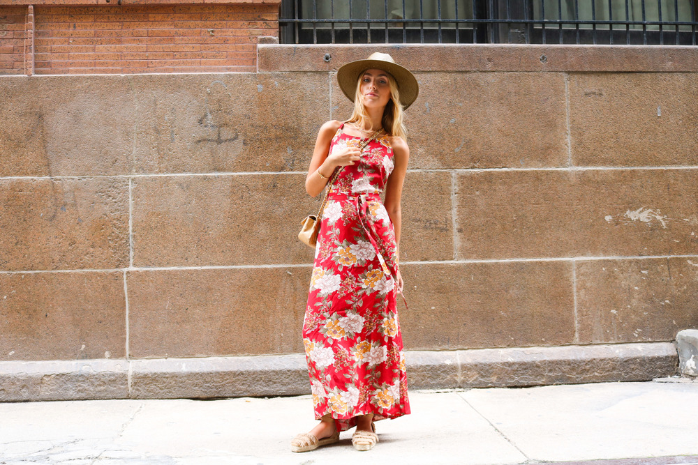 CHARLOTTE BICKLEY YIN 2MY YANG SISTER FASHION BLOGGER NEW YORK STREET STYLE FLORAL TREND