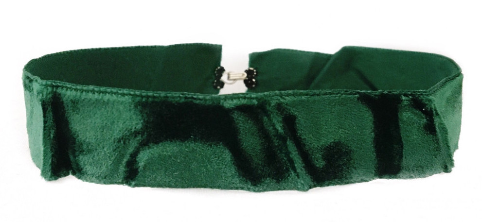 CHOKED BY A THREAD THICK CRUSHED VELVET CHOKER