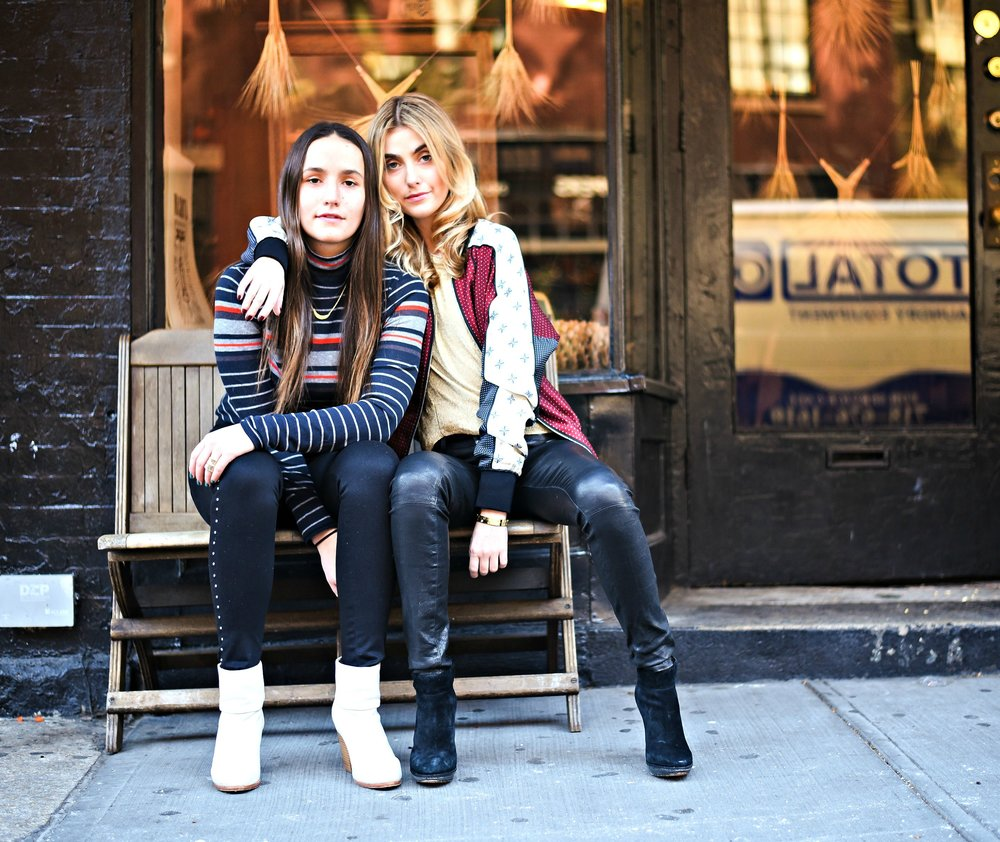 SOPHIE AND CHARLOTTE BICKLEY YIN 2MY YANG SISTER FASHION BLOGGERS RAG & BONE
