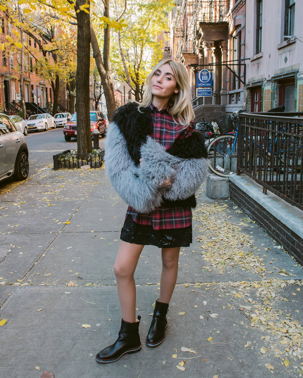 CHARLOTTE BICKLEY YIN 2MY YANG SISTER FASHION BLOGGERS PLAID POST
