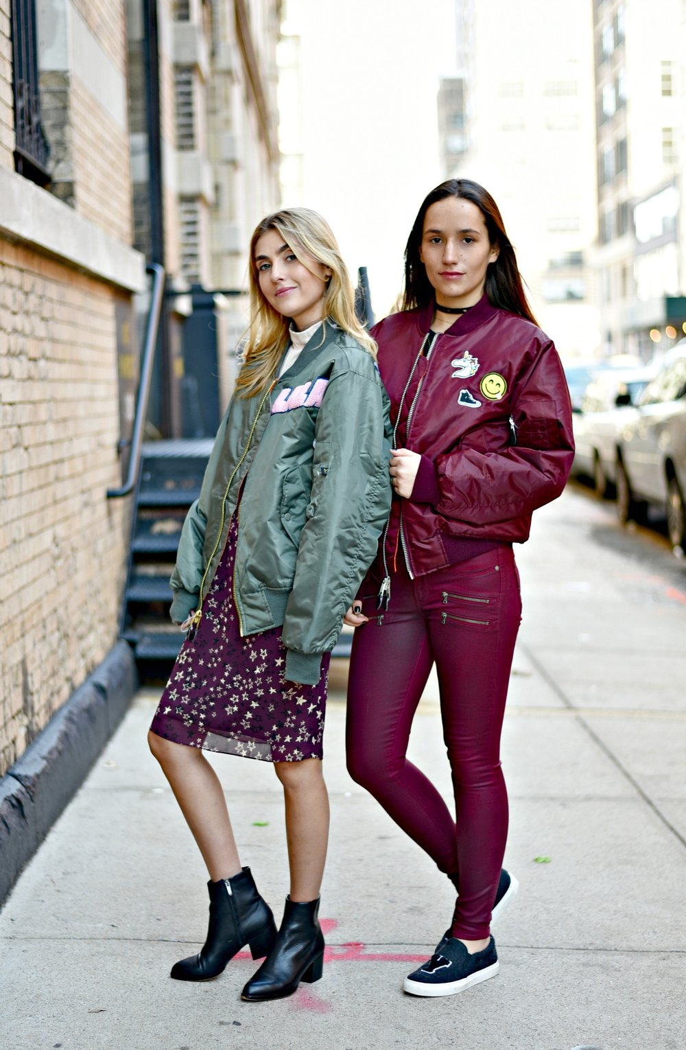 SOPHIE & CHARLOTTE BICKLEY YIN 2MY YANG SISTER FASHION BLOGGERS NYC UNEMPLOYED DENIM POST 1e.jpg
