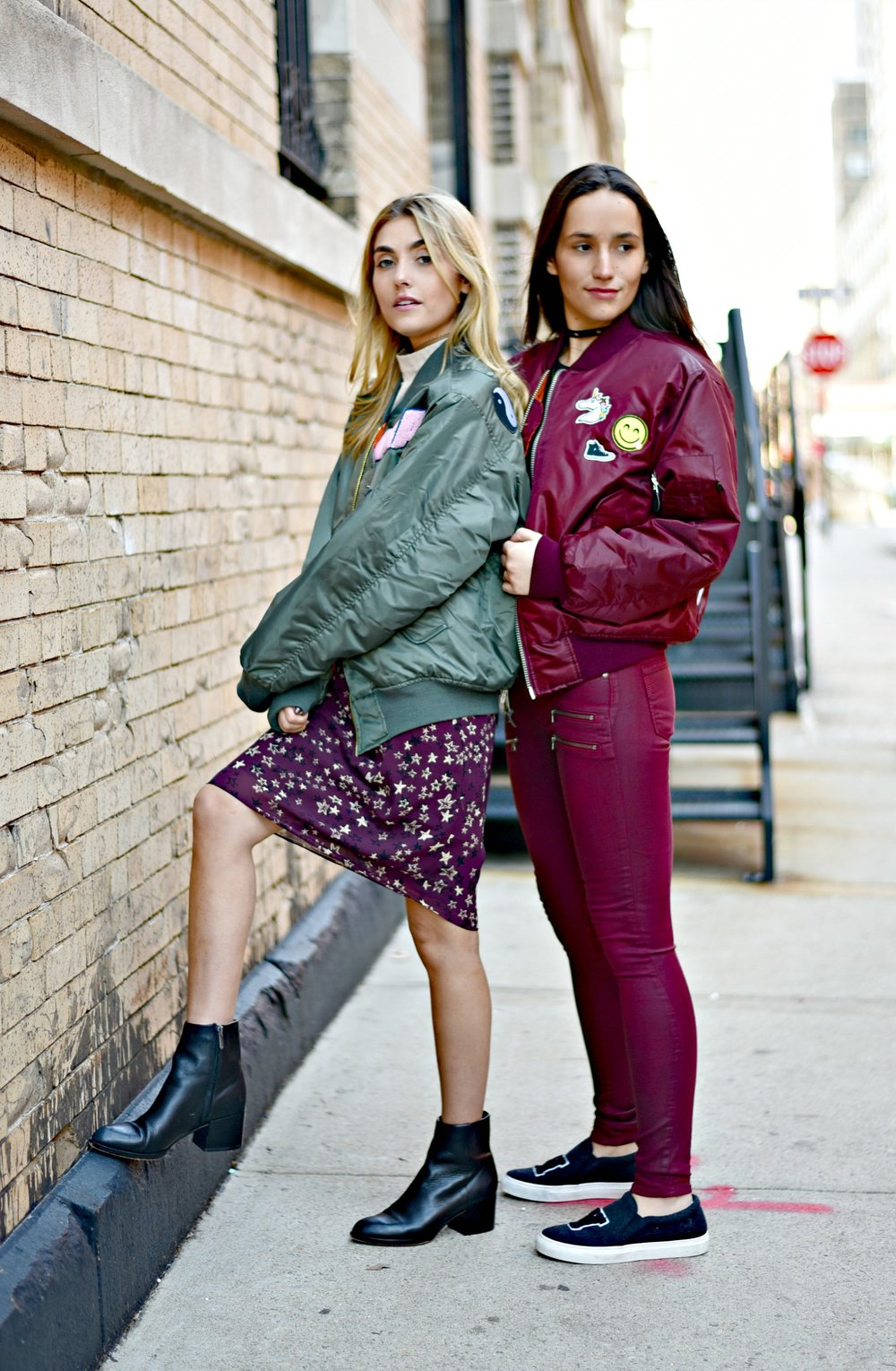 SOPHIE & CHARLOTTE BICKLEY YIN 2MY YANG SISTER FASHION BLOGGERS NYC UNEMPLOYED DENIM POST 1f.jpg