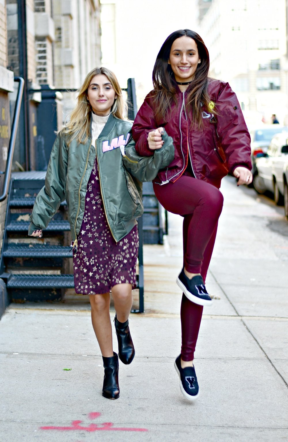 SOPHIE & CHARLOTTE BICKLEY YIN 2MY YANG SISTER FASHION BLOGGERS NYC UNEMPLOYED DENIM POST 1l.jpg