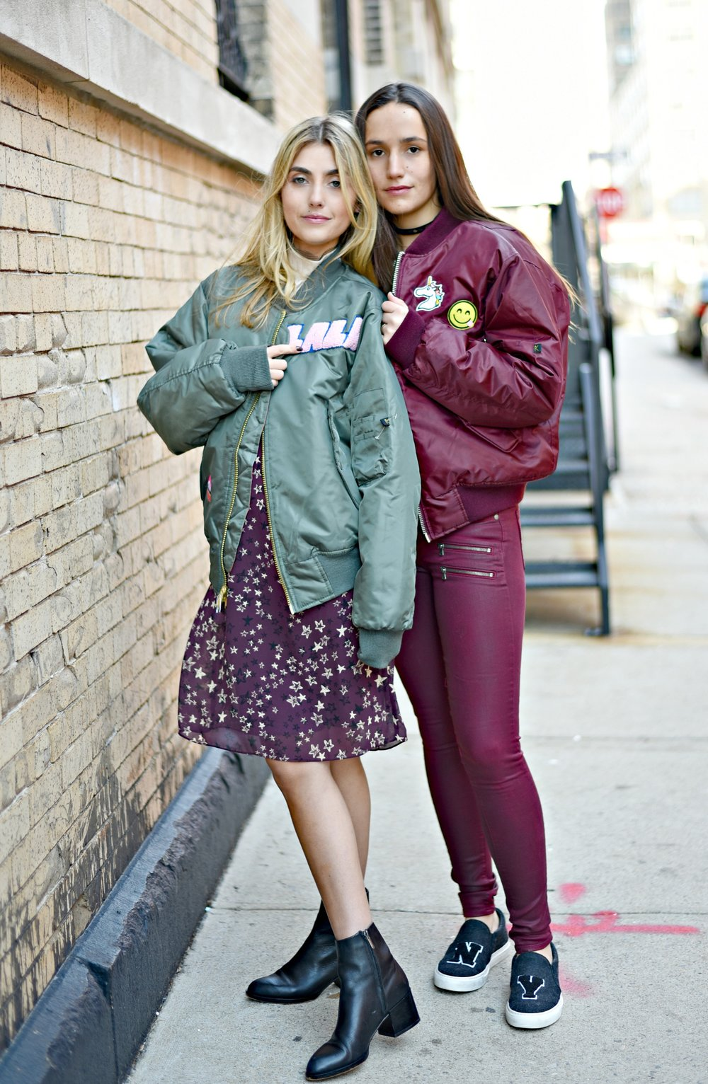 SOPHIE & CHARLOTTE BICKLEY YIN 2MY YANG SISTER FASHION BLOGGERS NYC UNEMPLOYED DENIM POST 1j.jpg