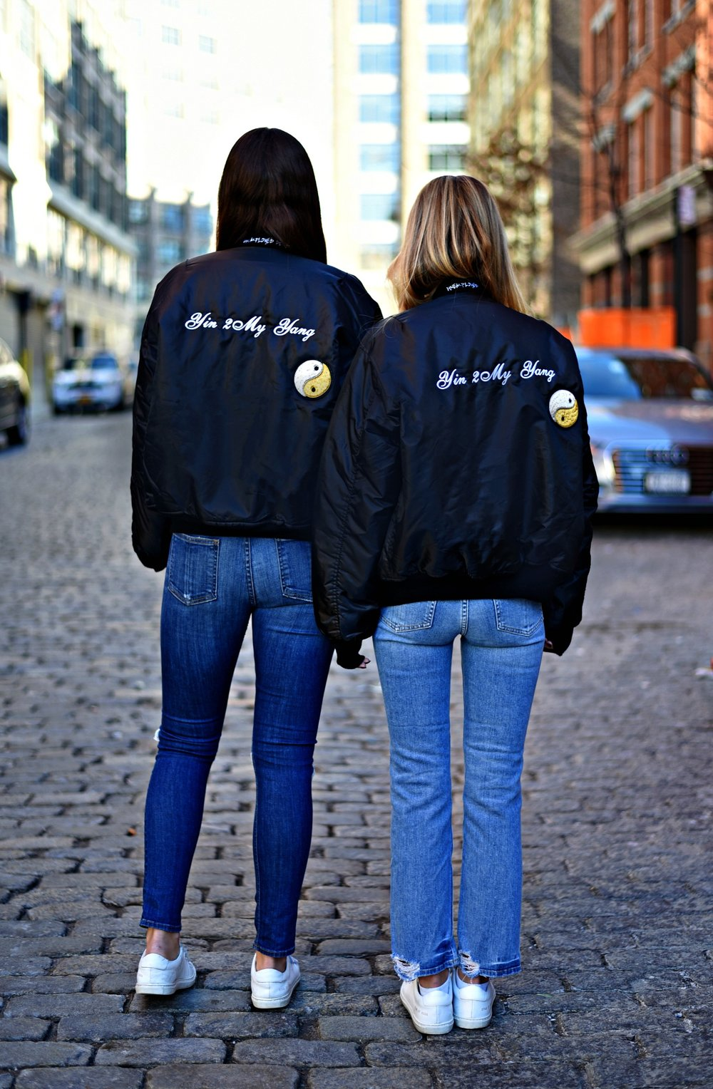 SOPHIE & CHARLOTTE BICKLEY YIN 2MY YANG SISTER FASHION BLOGGERS NYC UNEMPLOYED DENIM POST 5.jpg