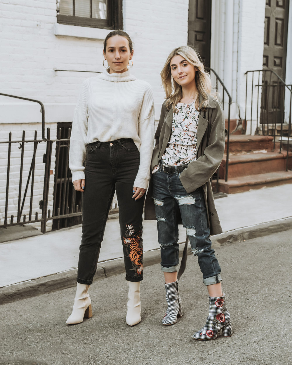 SOPHIE & CHARLOTTE BICKLEY YIN 2MY YANG SISTER FASHION BLOGGERS TOPSHOP DENIM POST THUMBNAIL