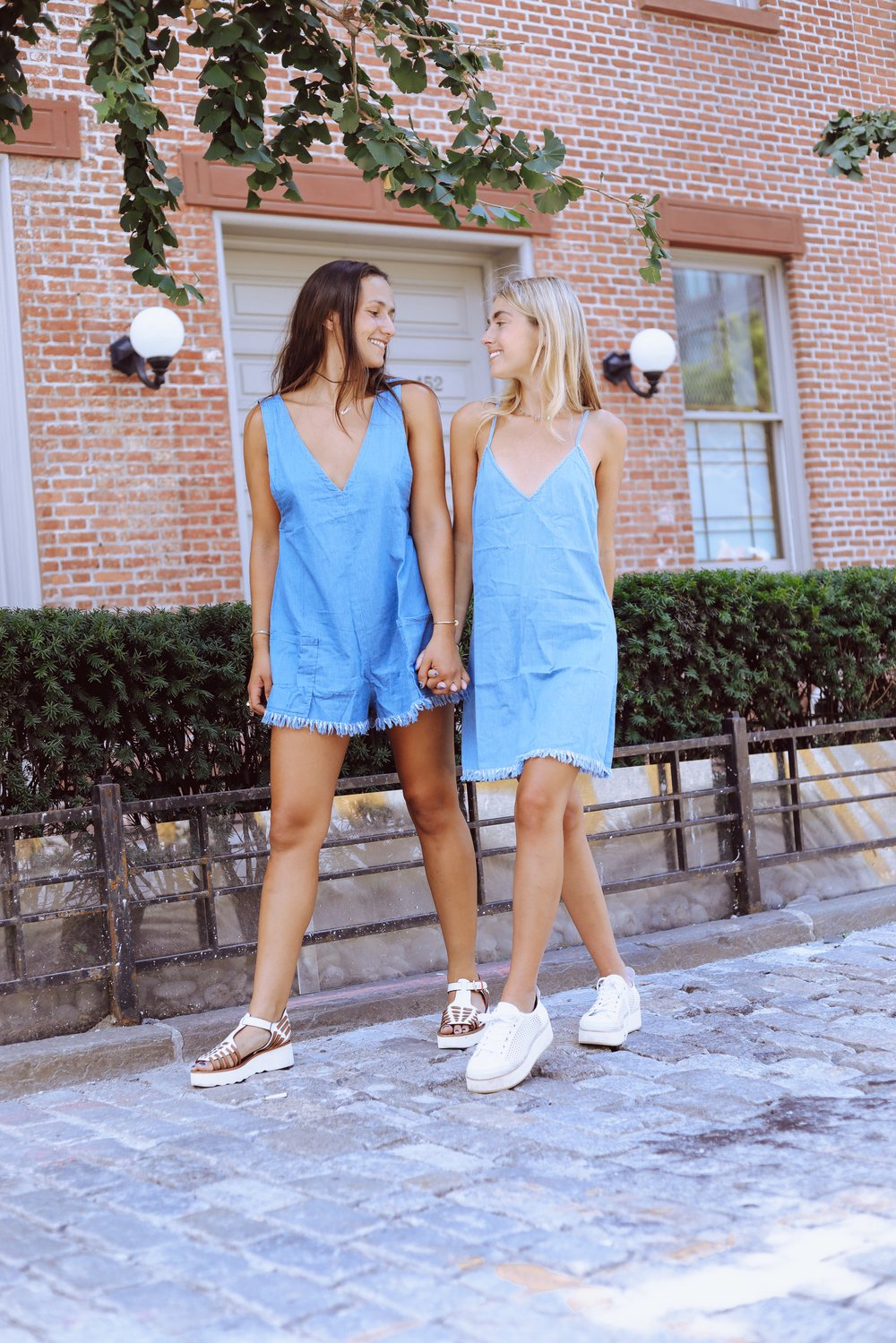 SOPHIE & CHARLOTTE BICKLEY YIN 2MY YANG NYC SISTER FASHION BLOGGERS TOBI DENIM POST