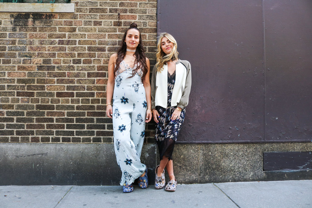 SOPHIE AND CHARLOTTE BICKLEY YIN 2MY YANG FASHION BLOGGER SISTERS CROC POST