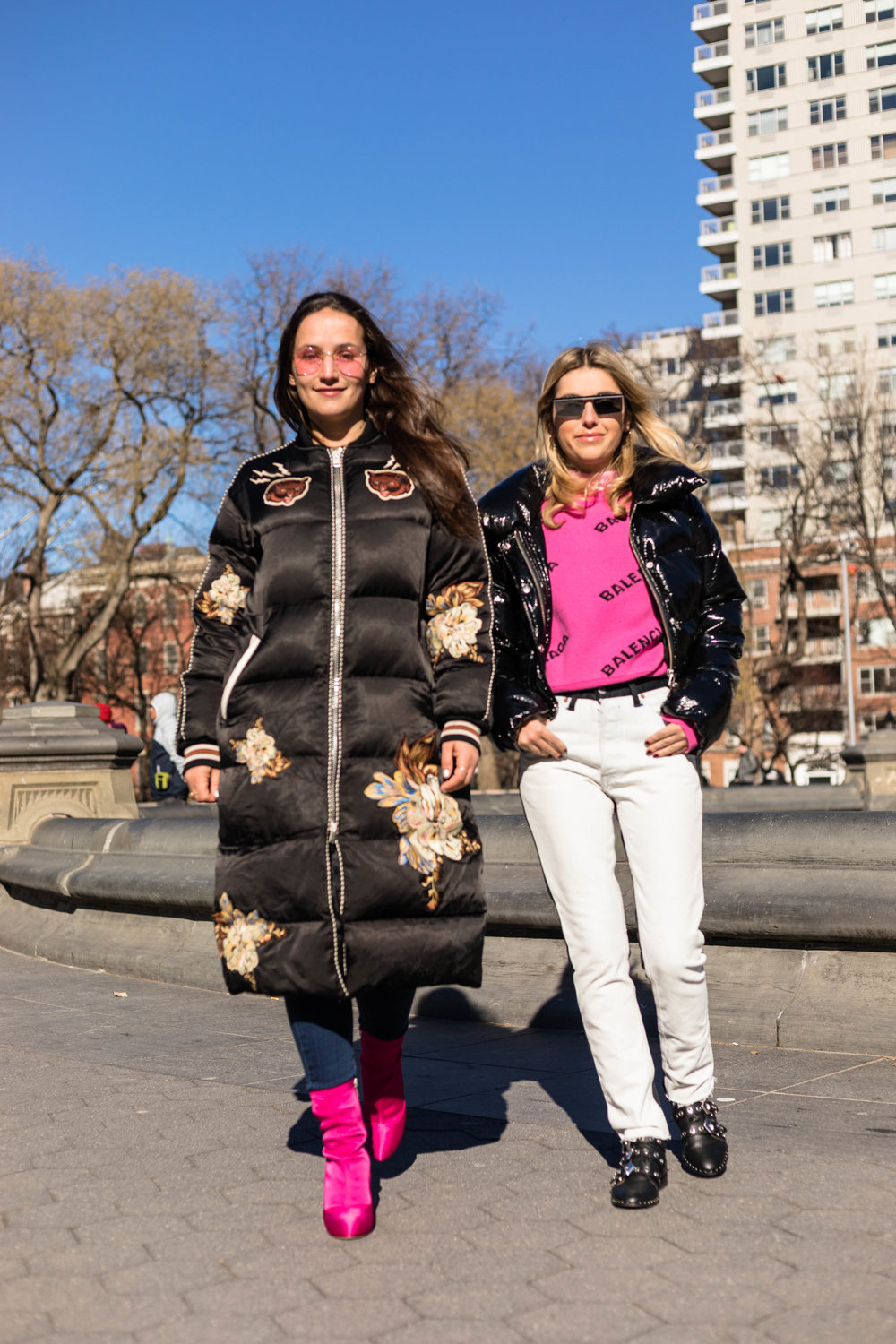 YIN 2MY YANG SOPHIE & CHARLOTTE BICKLEY BLOGGER SISTERS NYC PUFFER JACKET POST JANUARY 2018 THUMBNAIL