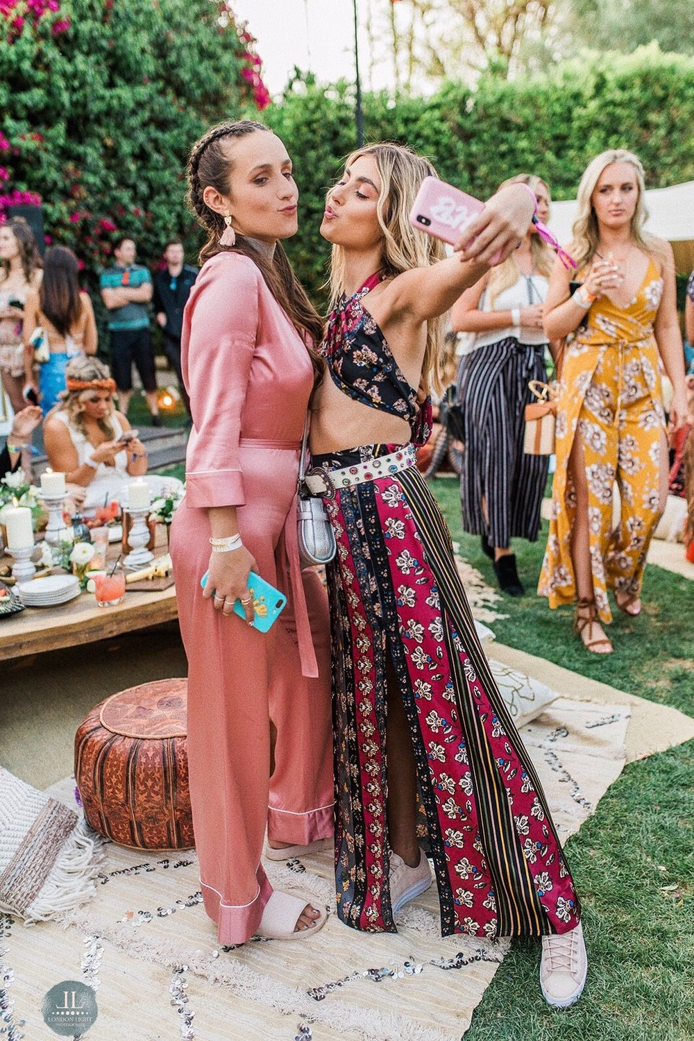 YIN 2MY YANG SOPHIE & CHARLOTTE BICKLEY SISTER NYC BLOGGERS COACHELLA APRIL 2018