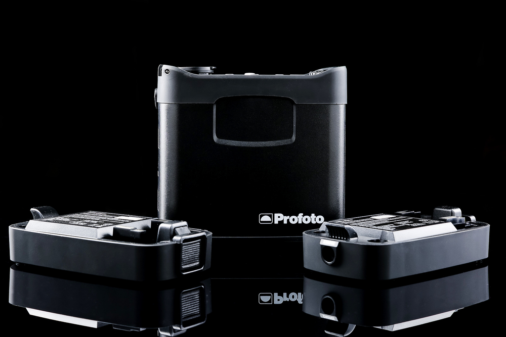 Profoto B2 Pack & 2 Batteries